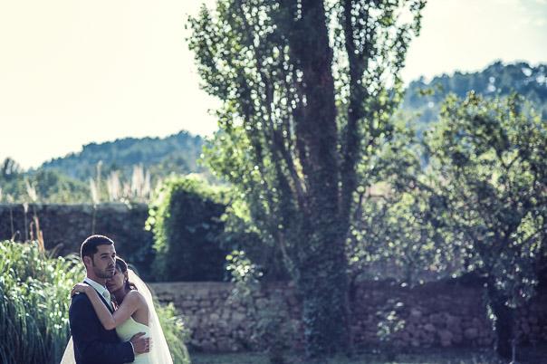 Photo couple mariage Bastide de Pujet 2 sur 10